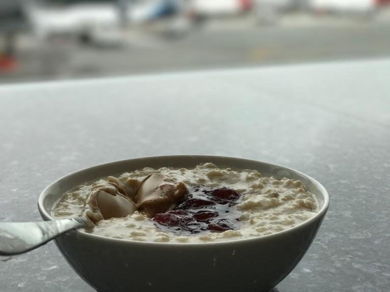 Delta Skyclub peanut butter and jelly porridge